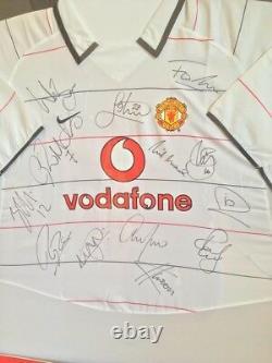2003/2004 Manchester United Signed & Framed Shirt 13 Players COA Ronaldo