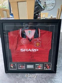 Authentic Eric cantona framed and signed Manchester United Shirt 1996 F A cup