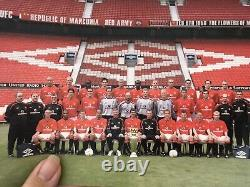 David Beckham Manchester United Signed Club Card And Photo Of The Team
