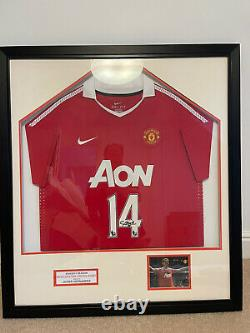 Framed Javier Hernandez Chicharito Manchester United Signed 2010/2011 Shirt