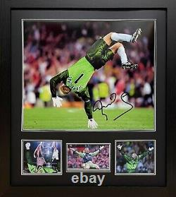 Framed Schmeichel Signed Manchester United Treble 1999 Football Photo Proof