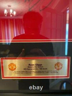 Framed Signed Ryan Giggs Manchester United Shirt