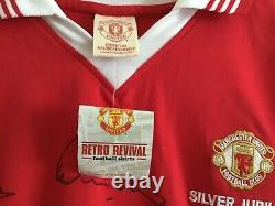 Manchester United 1977 Silver Jubilee Shirt Signed by 17 players & Alex Ferguson