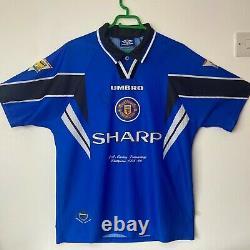 Manchester United 1996-98 Third shirt, size Large SIGNED Roy Keane PROOF