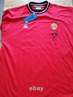 Manchester United 2001 2002 Retro Training Shirt Signed George Best Guarantee