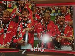 Manchester United signed Opus Icons Limited Edition. Giant Almanac