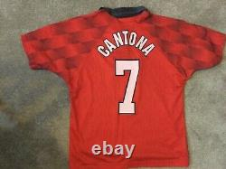 Manchester United signed shirt (beckhams rookie year)