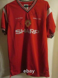 Solskjaer Giggs Signed Manchester United Home Football Shirt with COA /3469