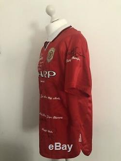 UMBRO Manchester United CHAMPIONS LEAUGE 1999 Home Shirt Signed Limited Edition
